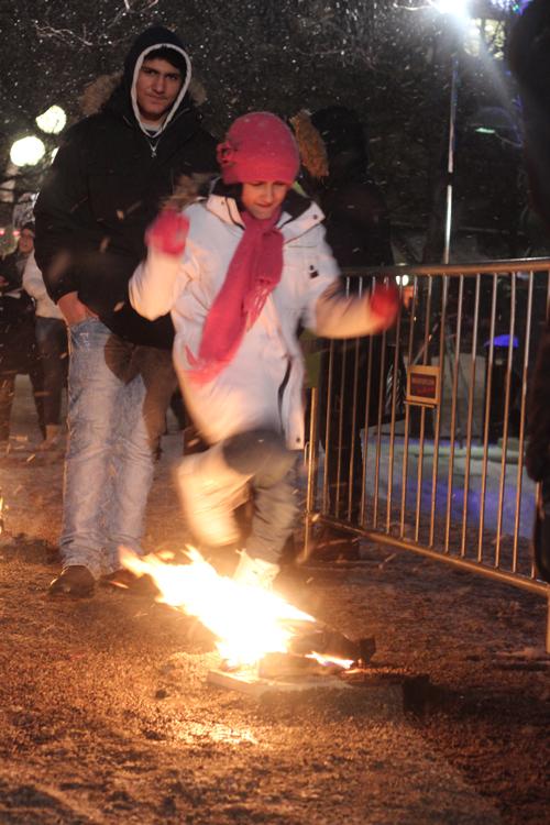 Eldfesten föregår det iranska nyåret. Bild Wilson Duran